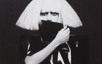 Lady Gaga: The Fame Monster (9)