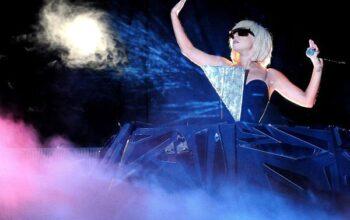 Lady Gaga – The Fame Ball (7)